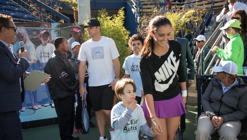 LA Sun Times reports – Sharapova, Roddick Host ACEing Autism Event At UCLA