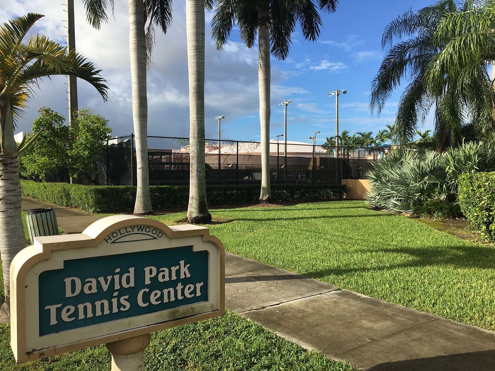 Hollywood Fl News >> Aceing Autism Launches The David Park Tennis Center Clinic